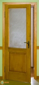 Дверь деревянная межкомнатная материал сосна