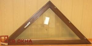 Окно ОСВ 1-но створчатое, треугольное. Цвет Орех. 920х1930мм.